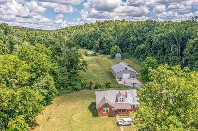 2466 E Blue Creek Rd, Waverly, TN 37185 (MLS #RTC2274868) :: DeSelms Real Estate