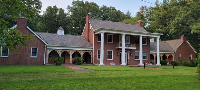3016 Hwy 70 West, Dickson, TN 37055 (MLS #RTC2275535) :: DeSelms Real Estate