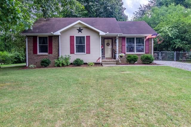 746 Needmore Rd, Clarksville, TN 37040 (MLS #RTC2275795) :: The Godfrey Group, LLC