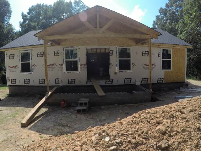 610 Hinson St, Hohenwald, TN 38462 (MLS #RTC2275928) :: Movement Property Group
