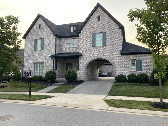 724 Fontwell Ln, Franklin, TN 37064 (MLS #RTC2276796) :: The Helton Real Estate Group