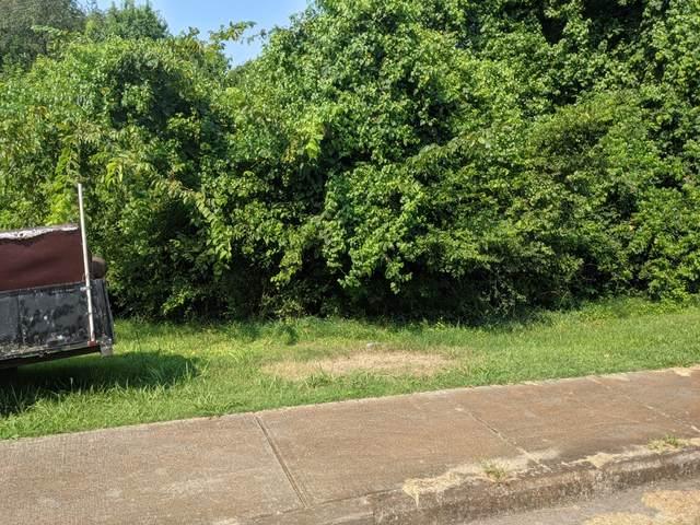 210 High St, Clarksville, TN 37040 (MLS #RTC2276974) :: Village Real Estate