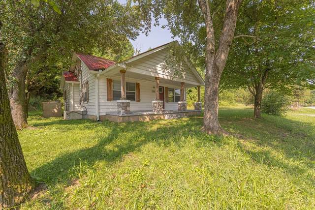 3391 Old Highway 31 E, Westmoreland, TN 37186 (MLS #RTC2277076) :: DeSelms Real Estate
