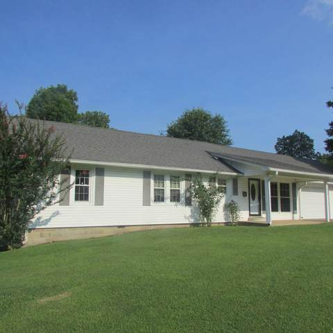 610 S Locust Ave, Lawrenceburg, TN 38464 (MLS #RTC2277113) :: Cory Real Estate Services