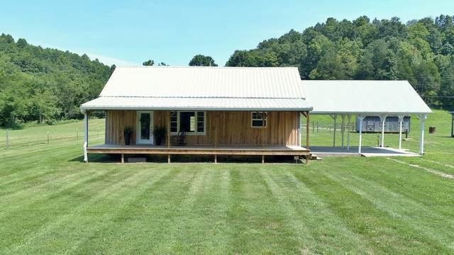 10060 Phillips Hollow Rd, Westmoreland, TN 37186 (MLS #RTC2277217) :: Village Real Estate