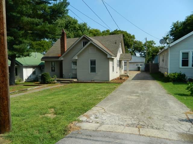 230 Ross Ave, Gallatin, TN 37066 (MLS #RTC2277383) :: Village Real Estate