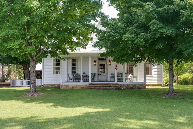 363 College St, Monteagle, TN 37356 (MLS #RTC2277489) :: DeSelms Real Estate