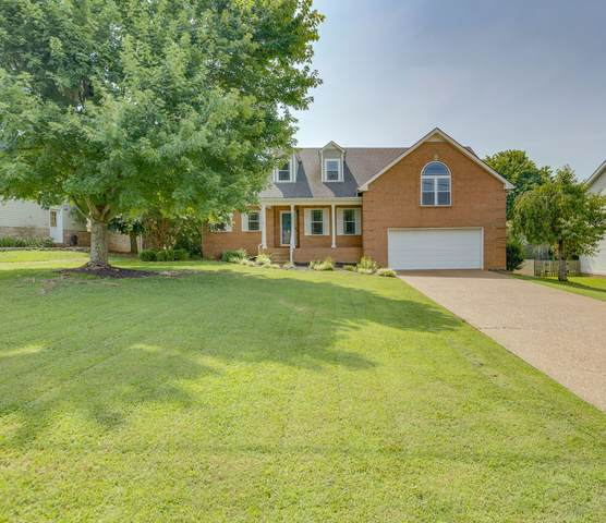 3013 Iroquois Dr, Thompsons Station, TN 37179 (MLS #RTC2277506) :: The Helton Real Estate Group