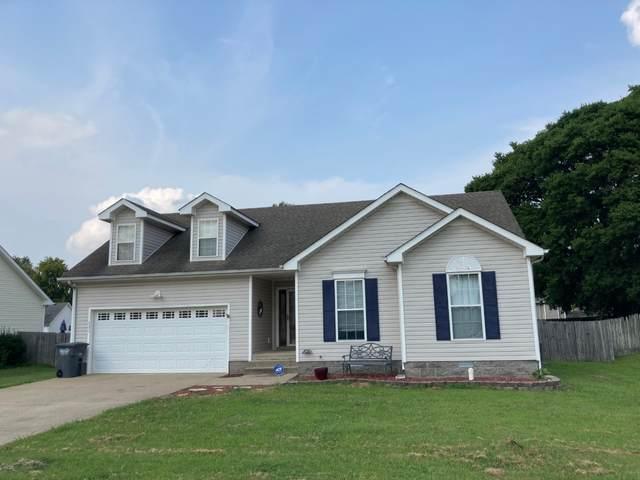 1177 Snoopy Dr, Clarksville, TN 37040 (MLS #RTC2277532) :: Village Real Estate