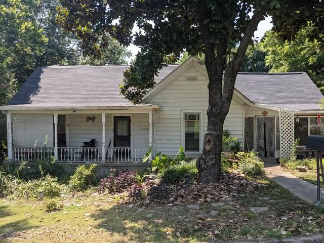 125 Lawn St, Clarksville, TN 37040 (MLS #RTC2277760) :: Village Real Estate