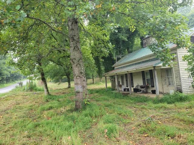 1131 Little Bartons Creek Rd, Cumberland Furnace, TN 37051 (MLS #RTC2278048) :: The Kelton Group