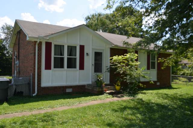 2725 Rollow Ln, Clarksville, TN 37043 (MLS #RTC2278773) :: Christian Black Team