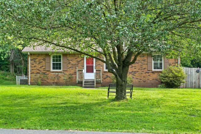 727 Kingsbury Rd, Clarksville, TN 37040 (MLS #RTC2280024) :: The Kelton Group