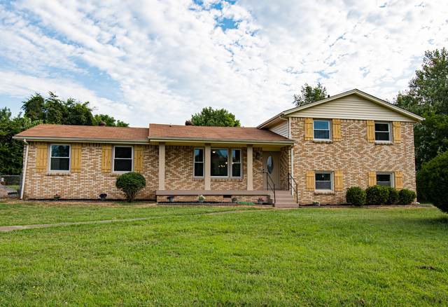 2503 Green Acres Dr, Clarksville, TN 37042 (MLS #RTC2282292) :: Maples Realty and Auction Co.