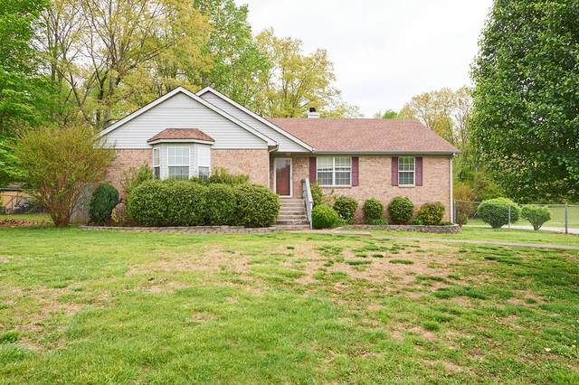 1933 Tom Austin Hwy, Greenbrier, TN 37073 (MLS #RTC2286261) :: Cory Real Estate Services