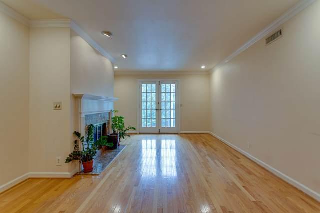3182 Hillsboro Pike, Nashville, TN 37215 (MLS #RTC2286894) :: Trevor W. Mitchell Real Estate