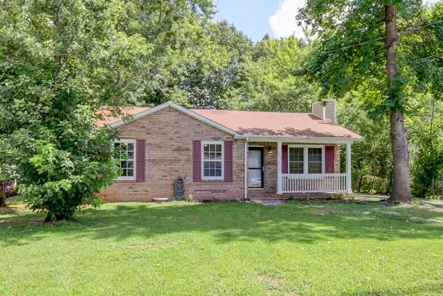 303 Buckeye Ln, Clarksville, TN 37042 (MLS #RTC2287629) :: Nashville Roots