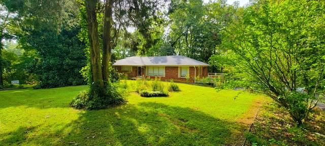 102 Bellwood Cir, Dickson, TN 37055 (MLS #RTC2288642) :: DeSelms Real Estate