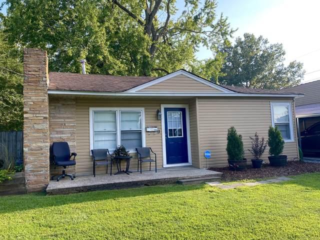 403 2nd St E, Lawrenceburg, TN 38464 (MLS #RTC2288973) :: John Jones Real Estate LLC