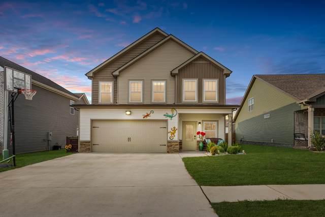 672 Elm St, Clarksville, TN 37040 (MLS #RTC2289202) :: DeSelms Real Estate