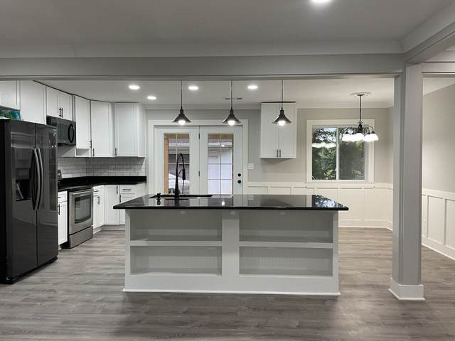 136 Calvery Ct, Smyrna, TN 37167 (MLS #RTC2289397) :: Cory Real Estate Services