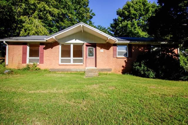 303 Cainridge Dr, Clarksville, TN 37040 (MLS #RTC2289879) :: RE/MAX Fine Homes