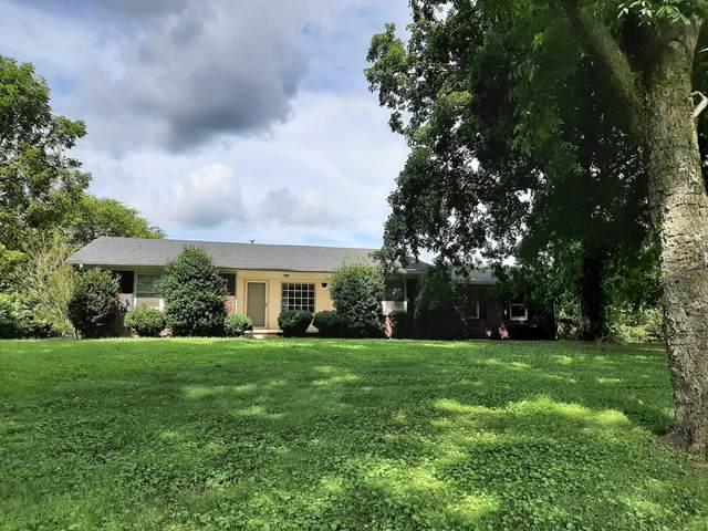 3364 Weakley Creek Rd, Lawrenceburg, TN 38464 (MLS #RTC2289944) :: The Kelton Group