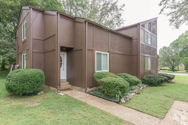 555 Doral Country Dr, Nashville, TN 37221 (MLS #RTC2290333) :: FYKES Realty Group