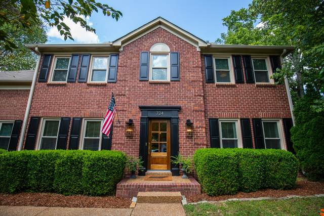 724 Fawn Cir, Franklin, TN 37067 (MLS #RTC2290753) :: RE/MAX Homes and Estates, Lipman Group