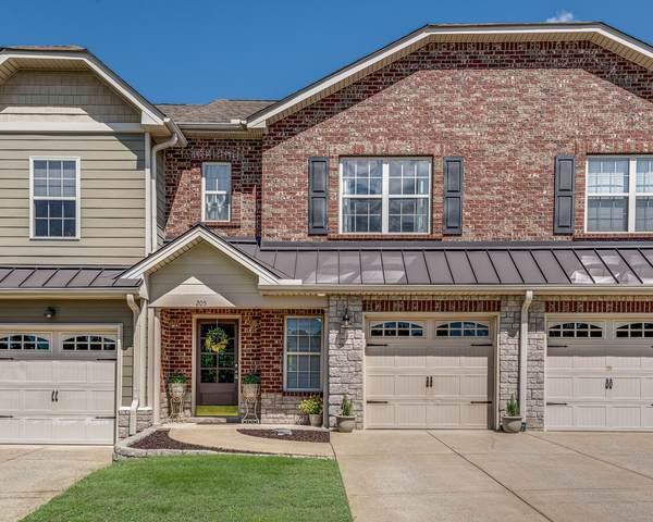 205 Birdie Court, Dickson, TN 37055 (MLS #RTC2290905) :: John Jones Real Estate LLC