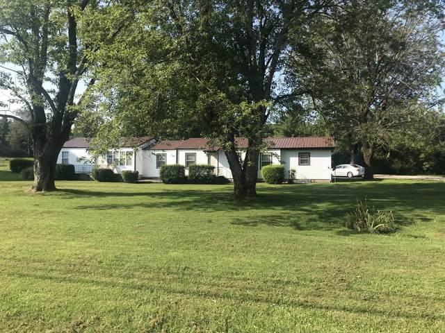 3169 Vanleer Hwy, Charlotte, TN 37036 (MLS #RTC2292085) :: Village Real Estate