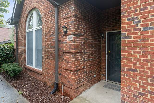 103 Highland Villa Dr, Nashville, TN 37211 (MLS #RTC2292753) :: Oak Street Group