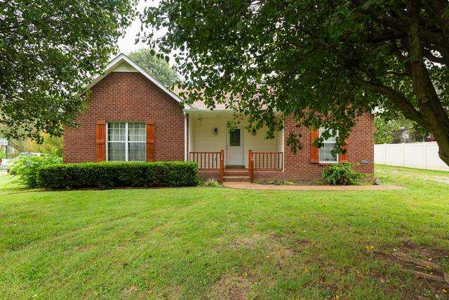 712 Red Hollow Dr, Springfield, TN 37172 (MLS #RTC2292866) :: Ashley Claire Real Estate - Benchmark Realty