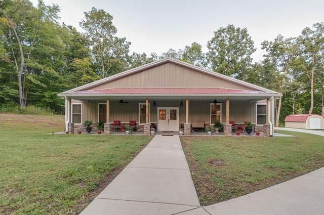 1350 Ridge Rd, Dickson, TN 37055 (MLS #RTC2292949) :: Berkshire Hathaway HomeServices Woodmont Realty