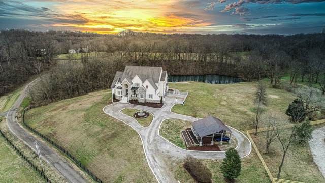 8992 Horton Hwy, College Grove, TN 37046 (MLS #RTC2293476) :: Your Perfect Property Team powered by Clarksville.com Realty