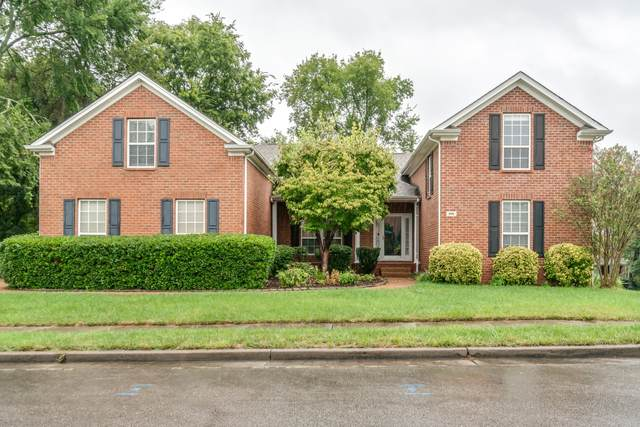 800 Wickshire Dr, Brentwood, TN 37027 (MLS #RTC2293518) :: Michelle Strong