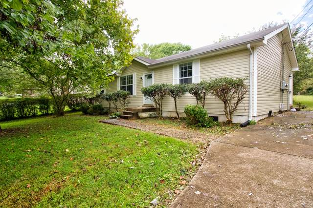 2124 Powell Rd, Clarksville, TN 37043 (MLS #RTC2293582) :: The Godfrey Group, LLC