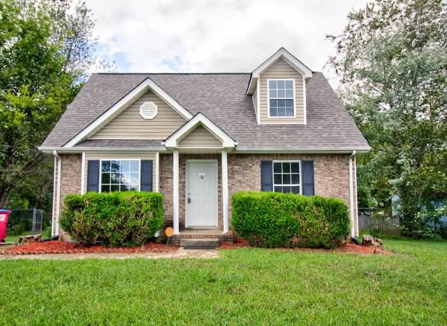 3421 Oak Lawn Dr, Clarksville, TN 37042 (MLS #RTC2293591) :: The Helton Real Estate Group