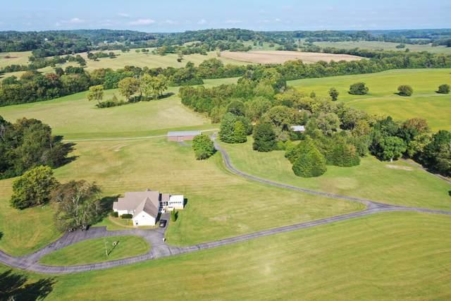 4039 Carters Creek Pike, Franklin, TN 37064 (MLS #RTC2293636) :: Village Real Estate