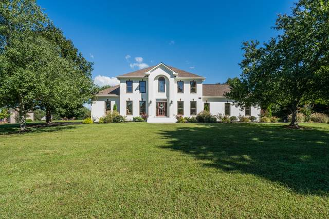 9302 Glengarry Lane, Brentwood, TN 37027 (MLS #RTC2293848) :: Michelle Strong