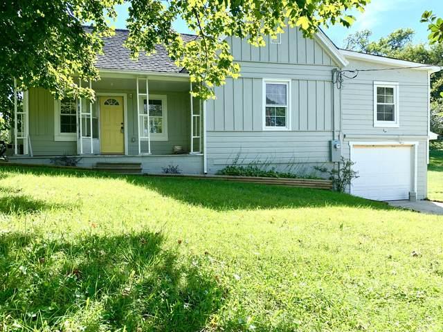 410 Locust St, Clarksville, TN 37042 (MLS #RTC2294271) :: Team George Weeks Real Estate