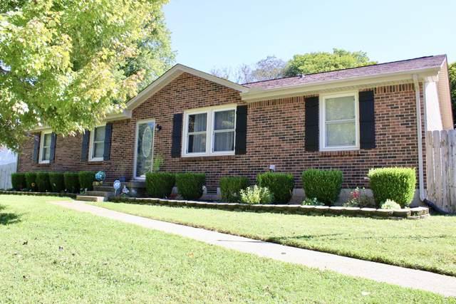 335 Golden Dr, Clarksville, TN 37040 (MLS #RTC2294623) :: Nelle Anderson & Associates