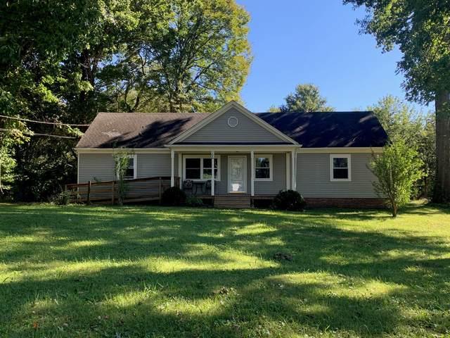 106 Wildwood Dr, Unionville, TN 37180 (MLS #RTC2294630) :: Nelle Anderson & Associates