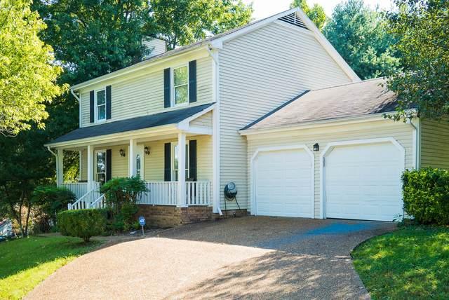 5028 English Village Dr, Nashville, TN 37211 (MLS #RTC2294952) :: Re/Max Fine Homes