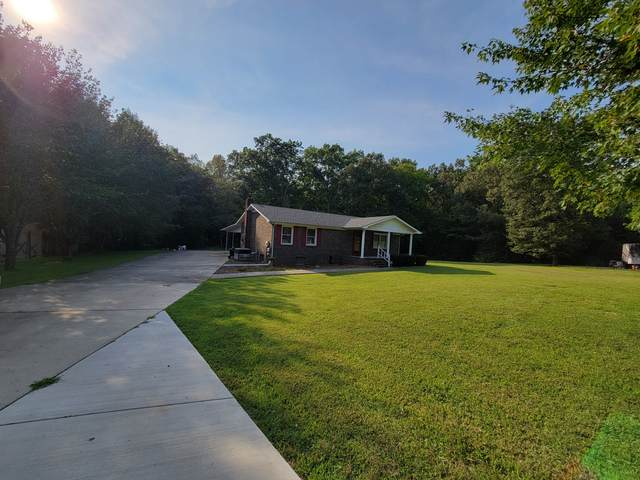 335 Oak Leaf Cir, Winchester, TN 37398 (MLS #RTC2295073) :: EXIT Realty Lake Country