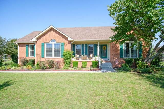1731 Hollow Oak Dr, Lebanon, TN 37087 (MLS #RTC2295647) :: Nashville Roots