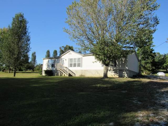 155 Oak Brook Dr, Mc Minnville, TN 37110 (MLS #RTC2296541) :: FYKES Realty Group