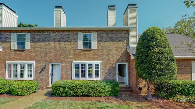 111 Cumberland Trce, Nashville, TN 37214 (MLS #RTC2296773) :: Village Real Estate