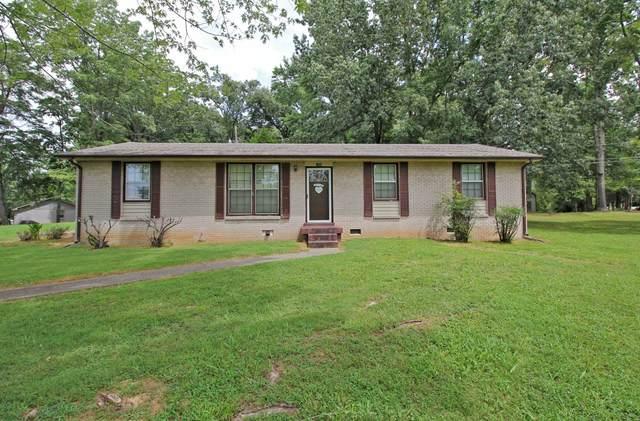 1305 Breeze Ln, Clarksville, TN 37040 (MLS #RTC2297021) :: Village Real Estate