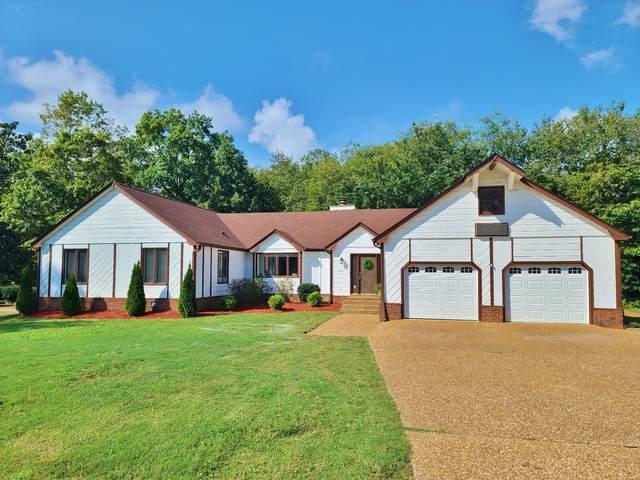2221 Tomahawk Trce, Murfreesboro, TN 37129 (MLS #RTC2297137) :: John Jones Real Estate LLC